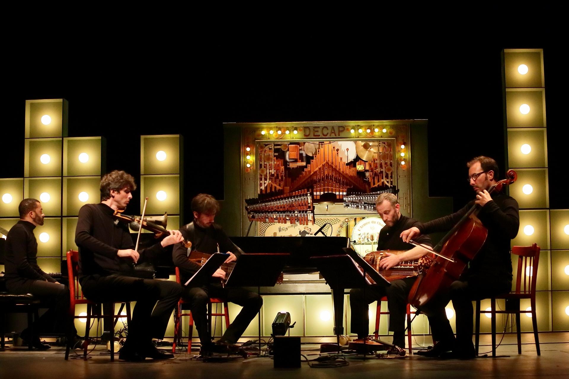 BARBARIE : Frédéric Aurier, Conlon Nancarrow and the piano player !